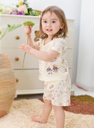 婴幼儿童装品牌